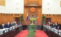 越俄同意推动双边经贸合作