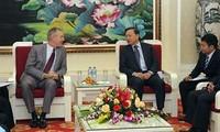 推动越南公安部与美国执法机构的合作