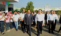 张晋创主席看望西宁省有关方面并致以新春祝福