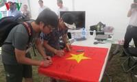 欧洲越南大学生出席东海问题座谈会