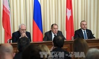 俄罗斯伊朗和土耳其承诺推动实施叙利亚停火协议