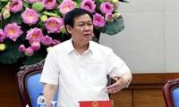 越南政府副总理王庭惠主持召开可持续减贫中央指导委员会会议