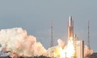 印度 一箭104星成功发射