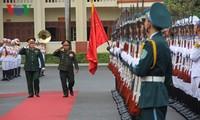 越老加强国防合作,巩固互信和深化全面合作