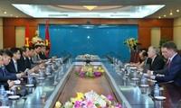 越南-美国加强信息技术发展合作