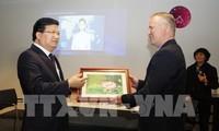 越南政府副总理郑庭勇对荷兰进行工作访问