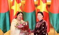 孟加拉国国民议会议长乔杜里结束对越南的正式访问