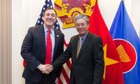 越南和美国加强人道主义领域合作