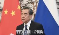朝鲜最高领导人金正恩会见中国外长王毅
