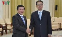 中国共产党领导人会见越南共产党代表团