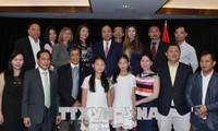 阮春福结束出席七国集团峰会扩大会议和访问加拿大行程