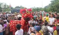 胡志明市为特困儿童举行中秋活动