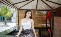 青年女歌手黎玉翠