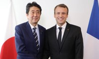 日法两国同意加强双边关系  推动贸易自由化