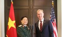 越南国防部长吴春历出席第18届香会的相关双边会晤