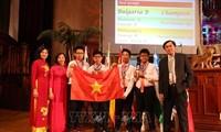 越南学生代表团荣获2019年国际数学竞赛4枚金牌