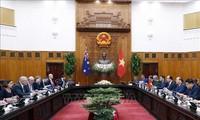 阮春福与澳大利亚总理莫里森举行会谈