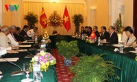 Ketua MN Vietnam Nguyen Sinh Hung mengadakan pembicaraan dengan Ketua Parlemen Sri Lanka