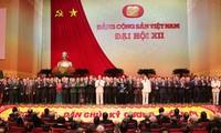 Pengumuman hasil Kongres Nasional ke-12 PKV kepada semua koprs diplomatik dan organisasi internasional di Vietnam