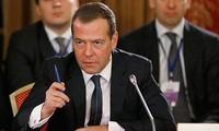 """Sanctions américaines: Moscou redoute une """"guerre économique"""""""
