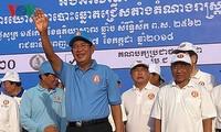 Élections législatives cambodgiennes: Hun Sen remercie Nguyên Xuân Phuc