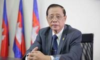 Le nouveau Gouvernement cambodgien considère importantes ses relations avec le Vietnam