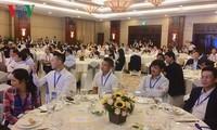 Rencontre avec une centaine d'intellectuels Vietkieu à Hô Chi Minh-ville