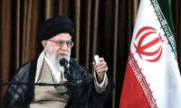 Khamenei: l'Iran n'hésitera pas à se retirer de l'accord de 2015 si nécessaire