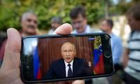 Russie: Vladimir Poutine assouplit sa réforme contestée des retraites