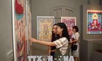 Vernissage d'une exposition d'estampes populaires du Vietnam à Hanoï
