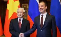Le SG du PCV rencontre Dimitri Medvedev