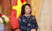 Dang Thi Ngoc Thinh assure l'intérim du président de la République du Vietnam
