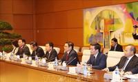 Pham Minh Chinh reçoit l'envoyé spécial du Premier ministre japonais