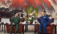 Approfondir la coopération défensive Vietnam-Chine