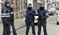 Coup de filet contre la mafia calabraise: 90 personnes arrêtées