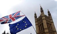 Brexit : Theresa May pourrait renoncer à un troisième vote