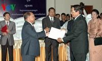 Vietnam unterstützt Kambodscha mit fast 1000 Tonnen Reis