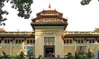 Vietnemesisches Geschichtsmuseum - eine Attraktion für ausländische Gäste