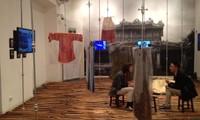 """Die Sammlung """"Ao Dai xua"""" und Multimedia-Rauminstallation"""