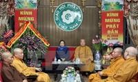 Ha Thi Khiet beglückwünscht den Verband der vietnamesischen Buddhisten