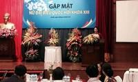 Treffen von Parlamentarierinnen zum Tag der vietnamesischen Frauen