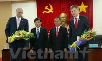 Bürgermeister der Niederlande informieren sich über Investitionen in Binh Duong