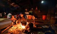 Sitte zur Ehrung des Küchenheiligen der Volksgruppe der Ha Nhi