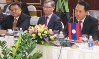 Vietnam und Laos bauen friedlichen, stabilen und kooperativen Grenzverlauf auf