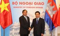 Diplomatie Vietnams und Kambodschas trägt zur Vertiefung der Beziehungen bei