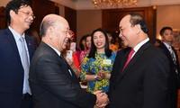 Aktivitäten von Premierminister Nguyen Xuan Phuc in Hongkong, China