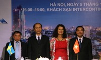 Schweden teilt Erfahrungen über kreative Erneuerung mit Vietnam