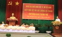 Staatspräsident trifft Wähler bewaffneter Streitskräfte von Ho Chi Minh Stadt