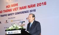Truong Hoa Binh leitet Konferenz über Verkehrssicherheit Vietnam 2016