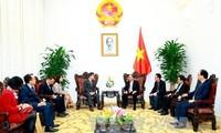 Nguyen Xuan Phuc empfängt den Geschäftsführer der Nachrichtenagentur Südkoreas